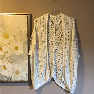 Knitted short-sleeve cardigan from Maurice's